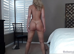 Pawg milf in the air blue toes first of all webcam