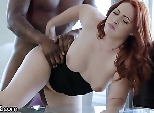Darkx curvy redhead screwed wits bosses bbc exceeding writing-desk