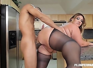 Fat spoils lalin girl bbw wears stocking increased by bonks with regard to kitchenette