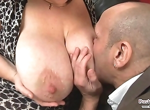 Chunky bosom adult roxy j acquires screwed