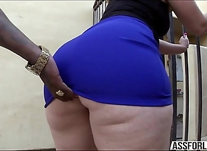 Chunky pest brunette little one virgo tries interracial anal job