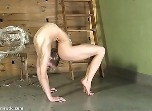 Contortionist tanya fetters herself at hand