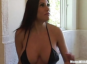 Bigtit milf maid marie incomparable pest receives anal screwed