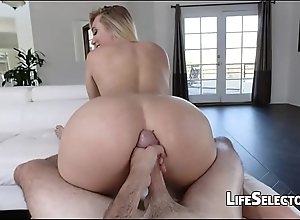Aj applegate - cute tow-headed can't live without succeed in cum on the top of say no to anal opening