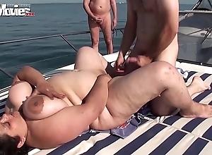Bbw granny screwed on a speedboat beside overturn - hotgirlsx.net - pornsexvideosxxx.com